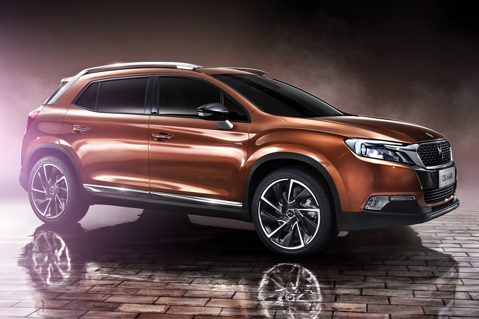 DS 6WR: First French Luxury SUV Interior Revealed in China ...