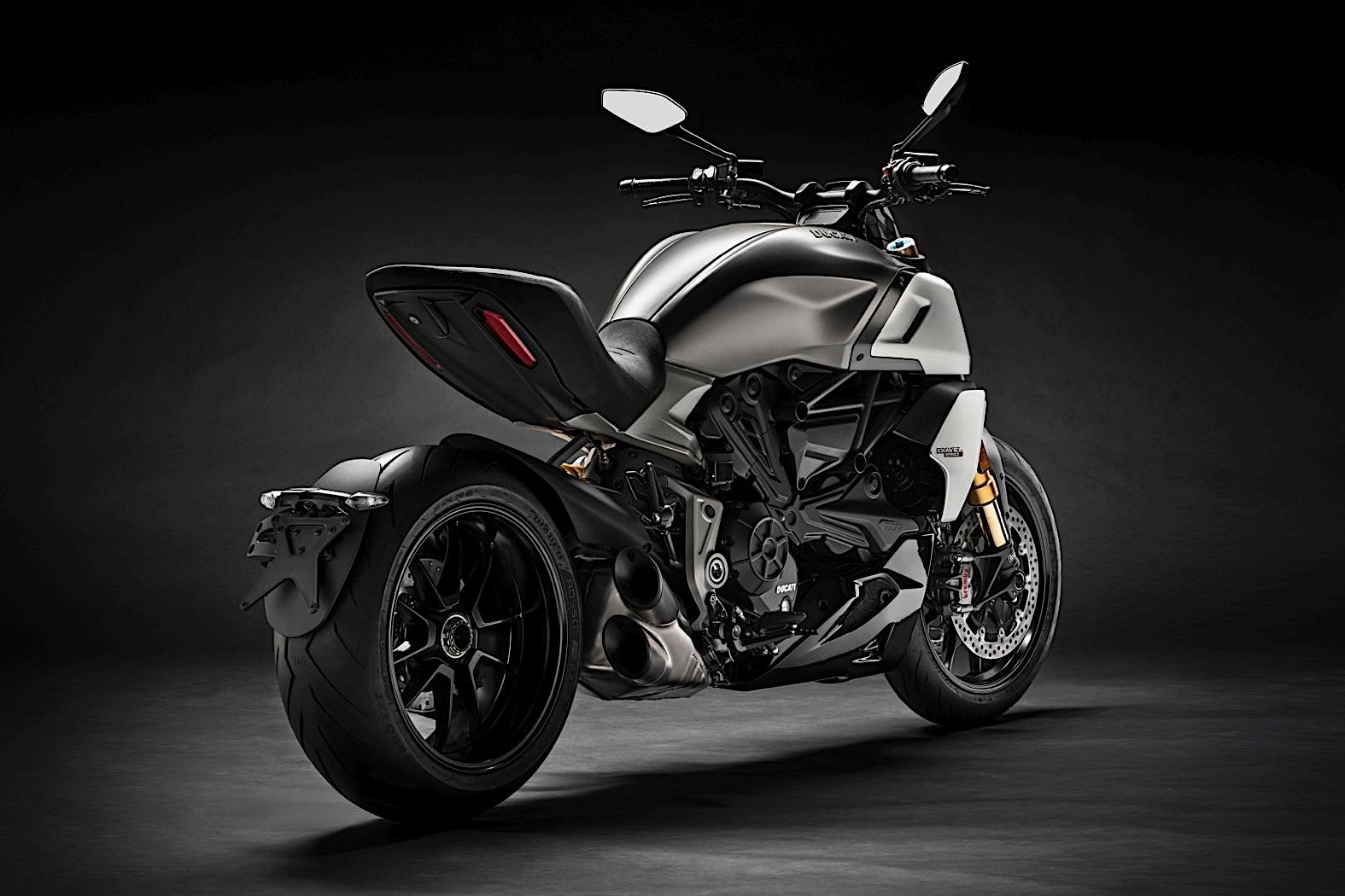 2019 ducati diavel 1260 to be delivered starting february. Black Bedroom Furniture Sets. Home Design Ideas