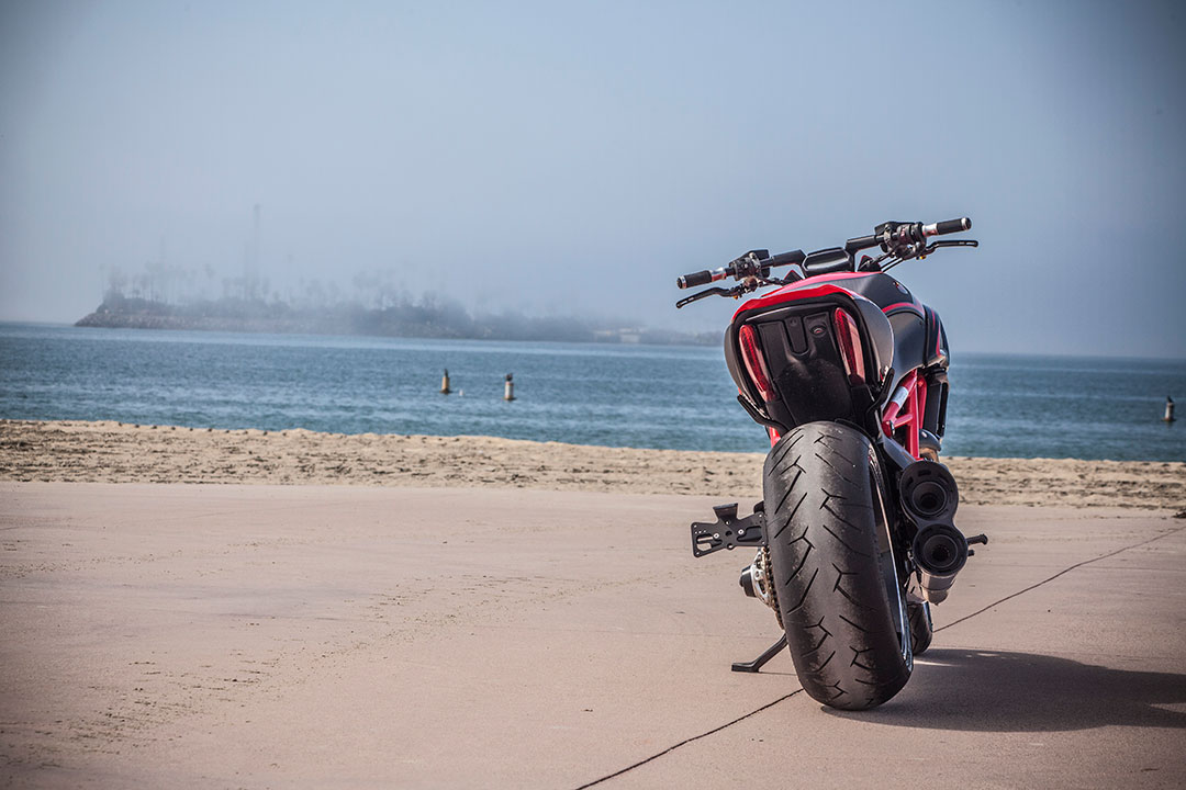 Ducati Diavel Kh9 By Roland Sands Autoevolution