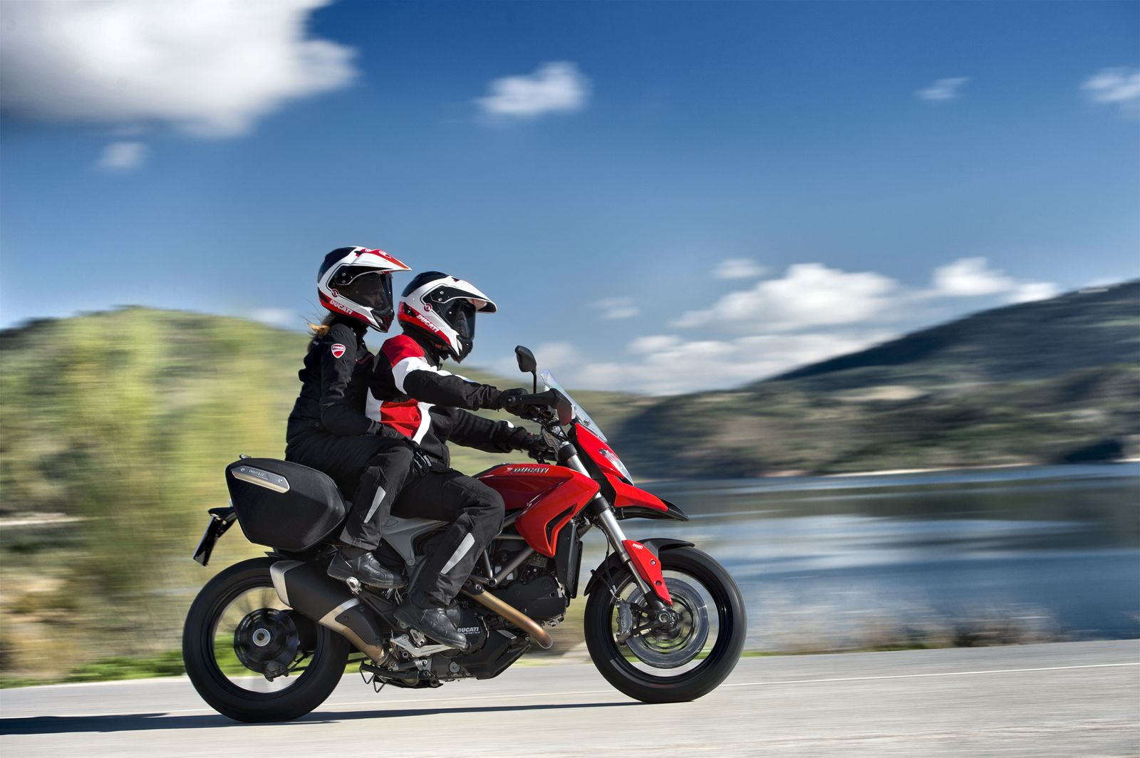 Ducati Hyperstrada Launched In Tuscany Autoevolution