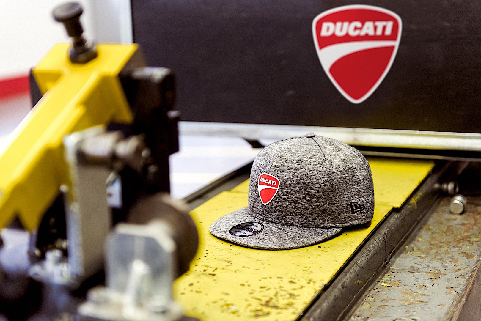 c94a59871 Ducati Puts Out New Hats Through New Era - autoevolution