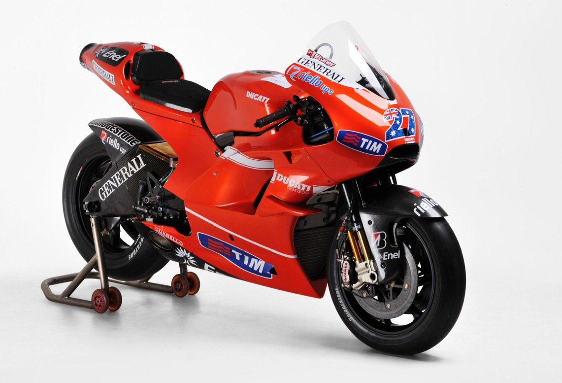 Ducati Race Bikes of Stoner and Rossi for Sale - autoevolution