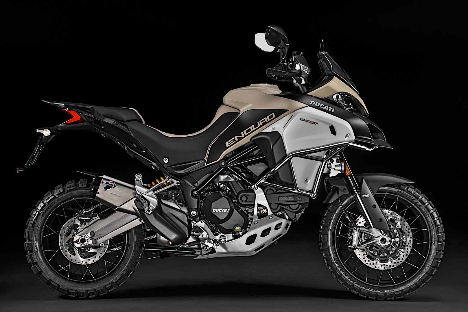 2018 ducati multistrada 1200 enduro pro gets unveiled. Black Bedroom Furniture Sets. Home Design Ideas