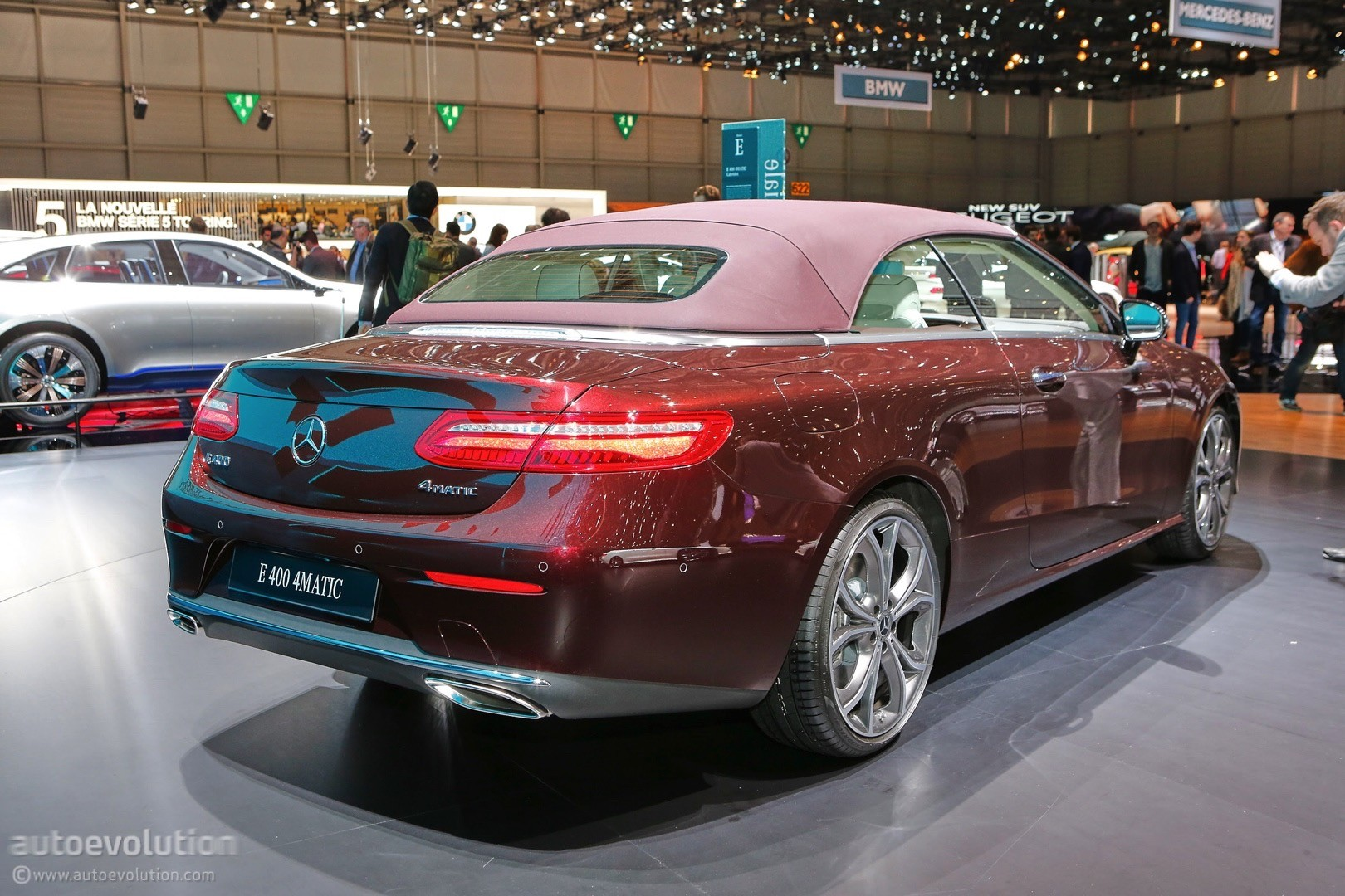new mercedes benz compact sedan to be made in mexico. Black Bedroom Furniture Sets. Home Design Ideas