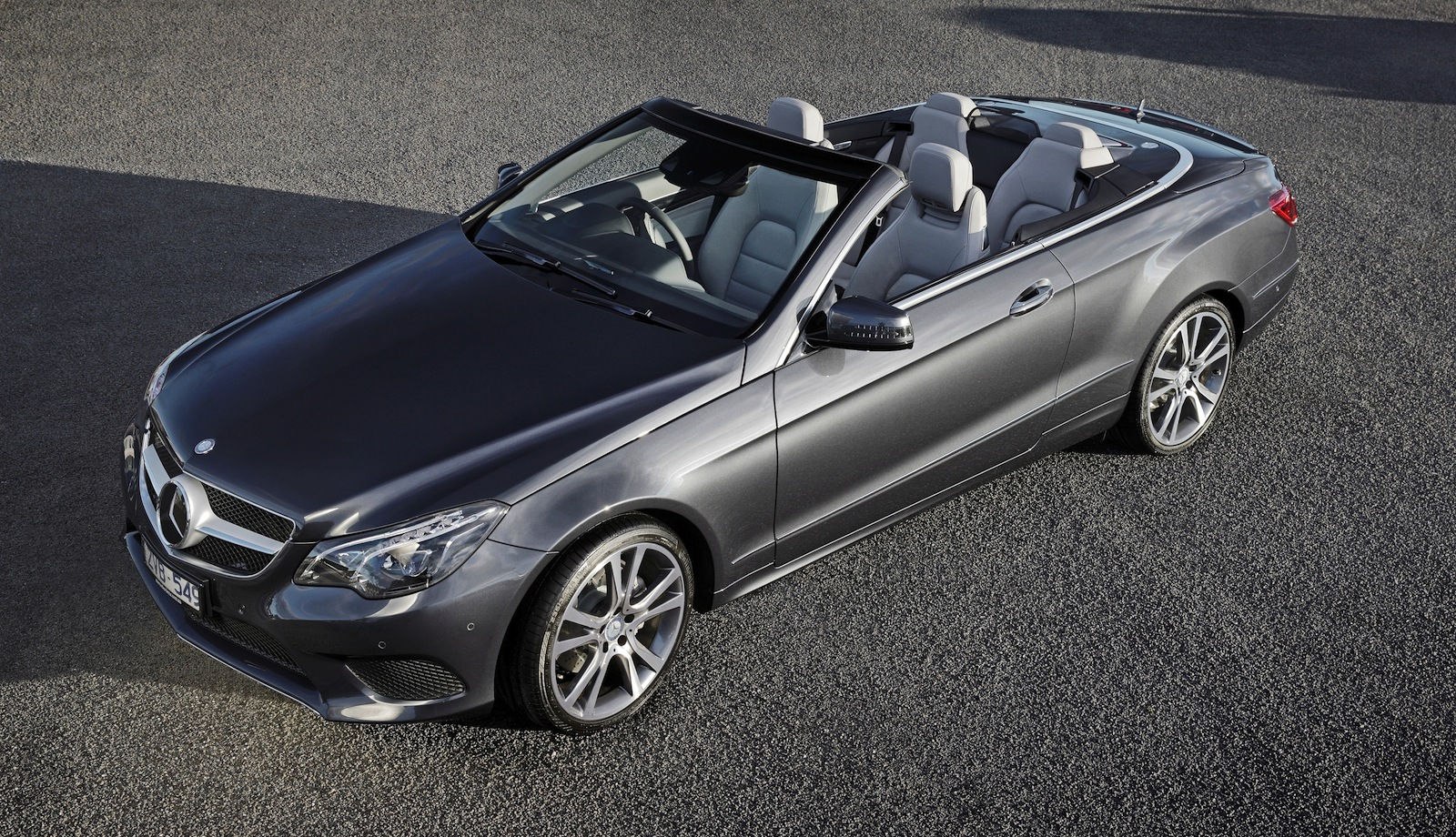 Mercedes E400 Convertible >> E-Class Coupe and Convertible Reviewed by Car Advice - autoevolution