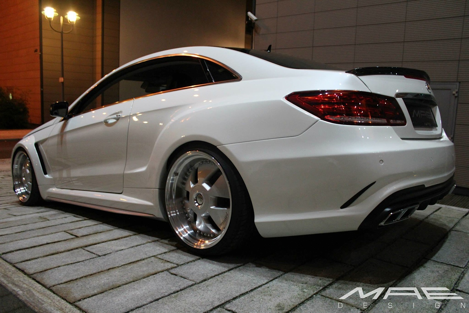 E Class Coupe Wide Bodykit By Mae Is As Clean As A Whistle