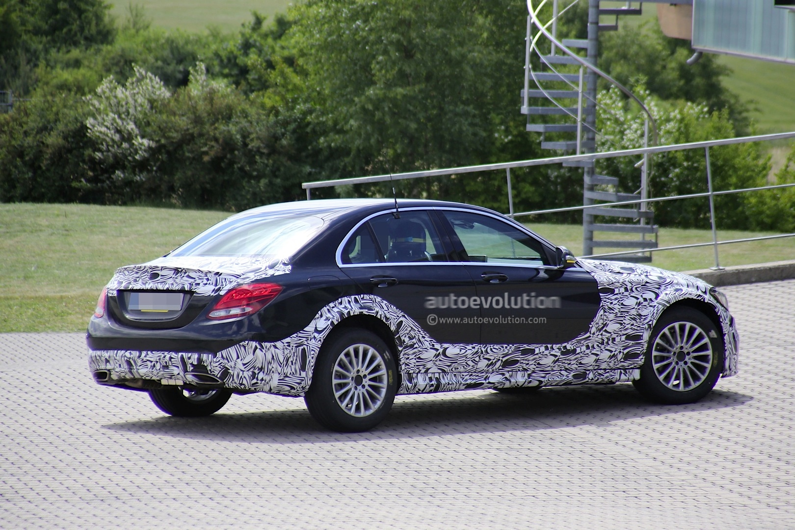 World Car Kia >> 2016 E-Class W213 Mule Based on Current C-Class Spied - autoevolution