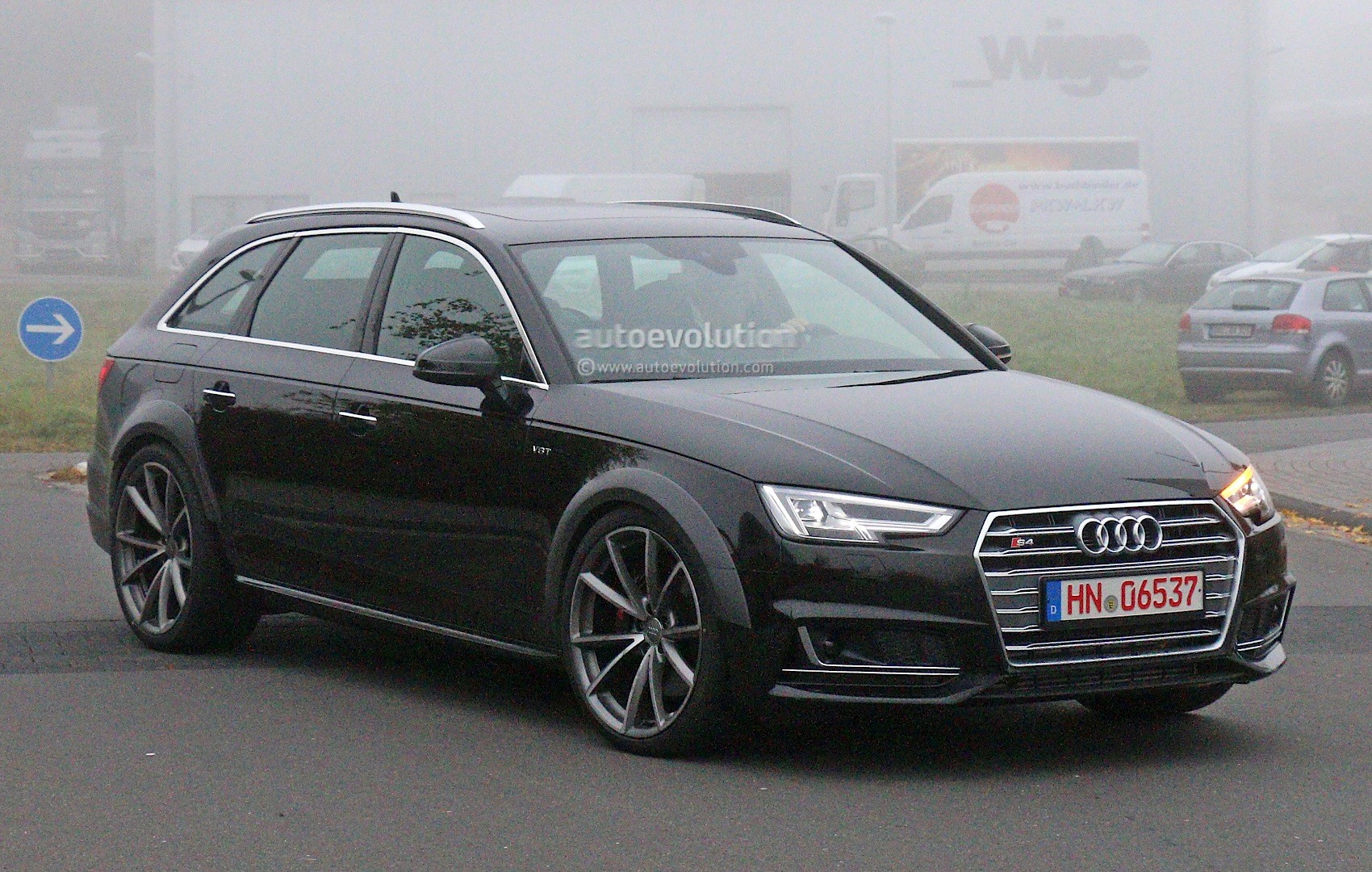 early 2018 audi rs4 avant chassis testing mule this could. Black Bedroom Furniture Sets. Home Design Ideas