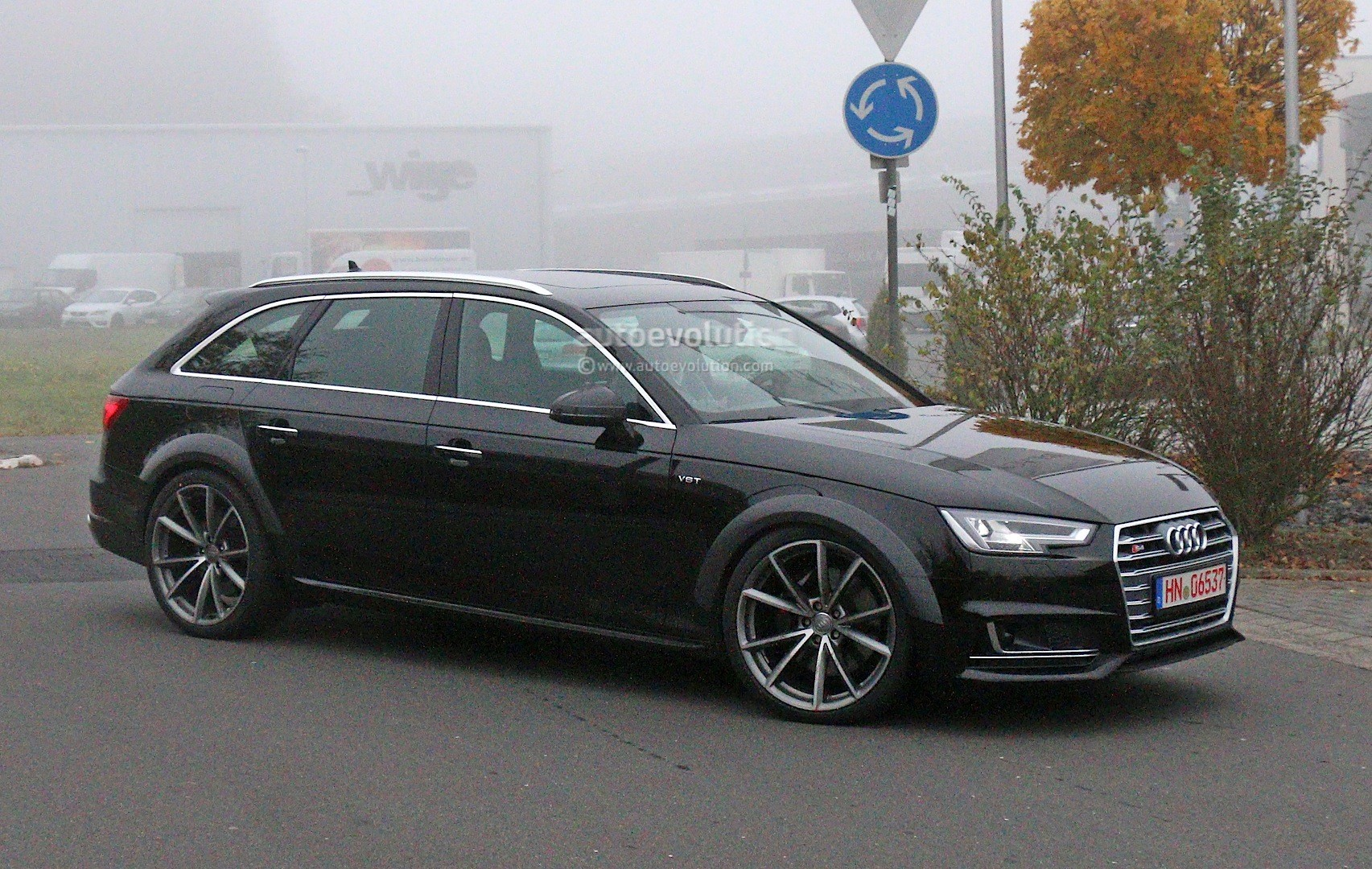 Early Audi RS Avant Chassis Testing Mule This Could Be It - Audi car 04