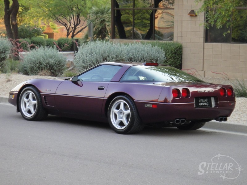 ebay find rare c4 corvette zr1 with only 16k miles autoevolution. Black Bedroom Furniture Sets. Home Design Ideas