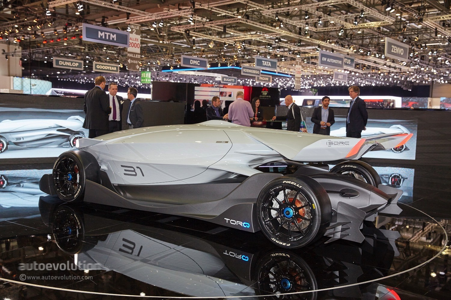 Ed Torq The World S First Driverless Race Car Shows Up In Geneva Autoevolution