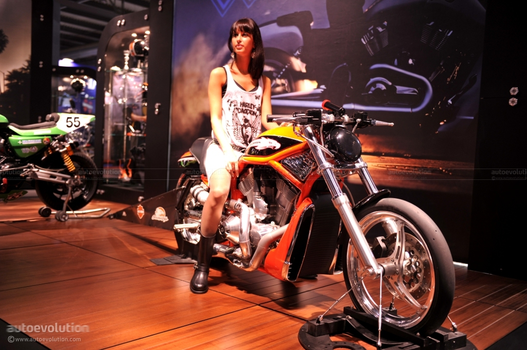 Eicma 2010 Harley Davidson Vrxse Screamin Eagle V Rod