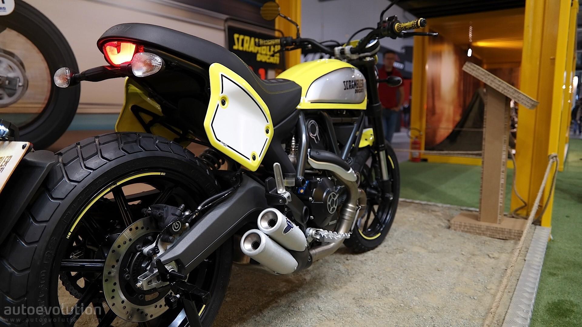 Eicma 2015 Troy Bayliss Introduces 2016 Ducati Scrambler Flat Track