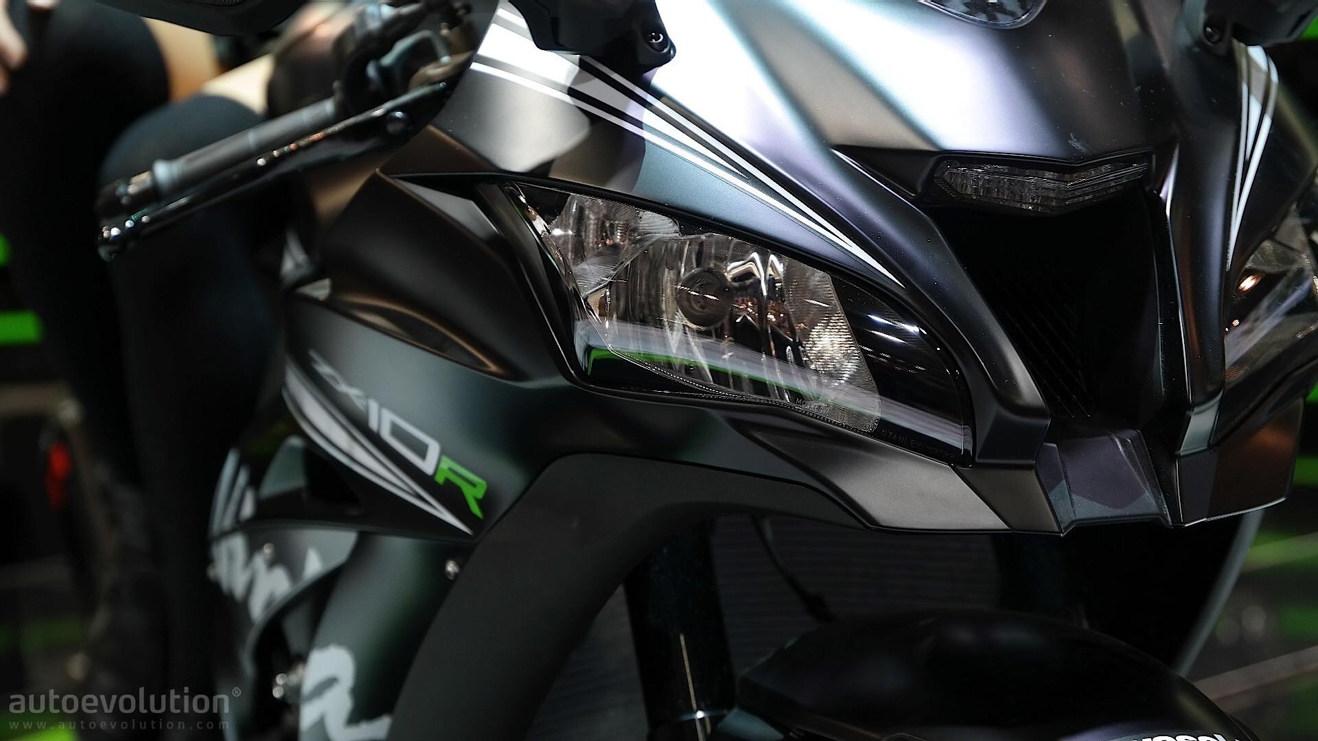 Eicma 2016 Kawasaki Ninja Zx 10r And Krt Replica Pack 210