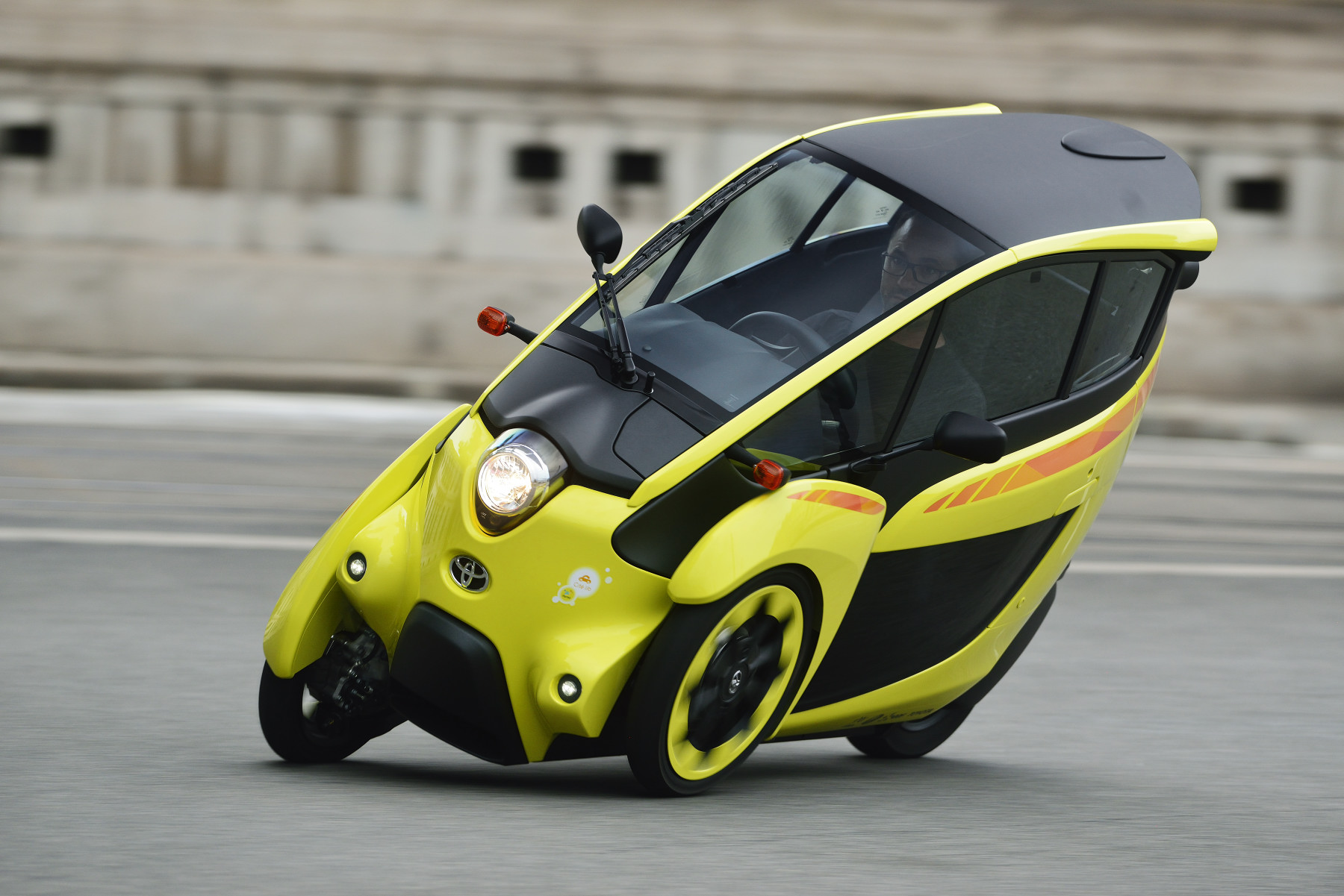 Electric Urban Mobility Program Debuts in France, uses ...