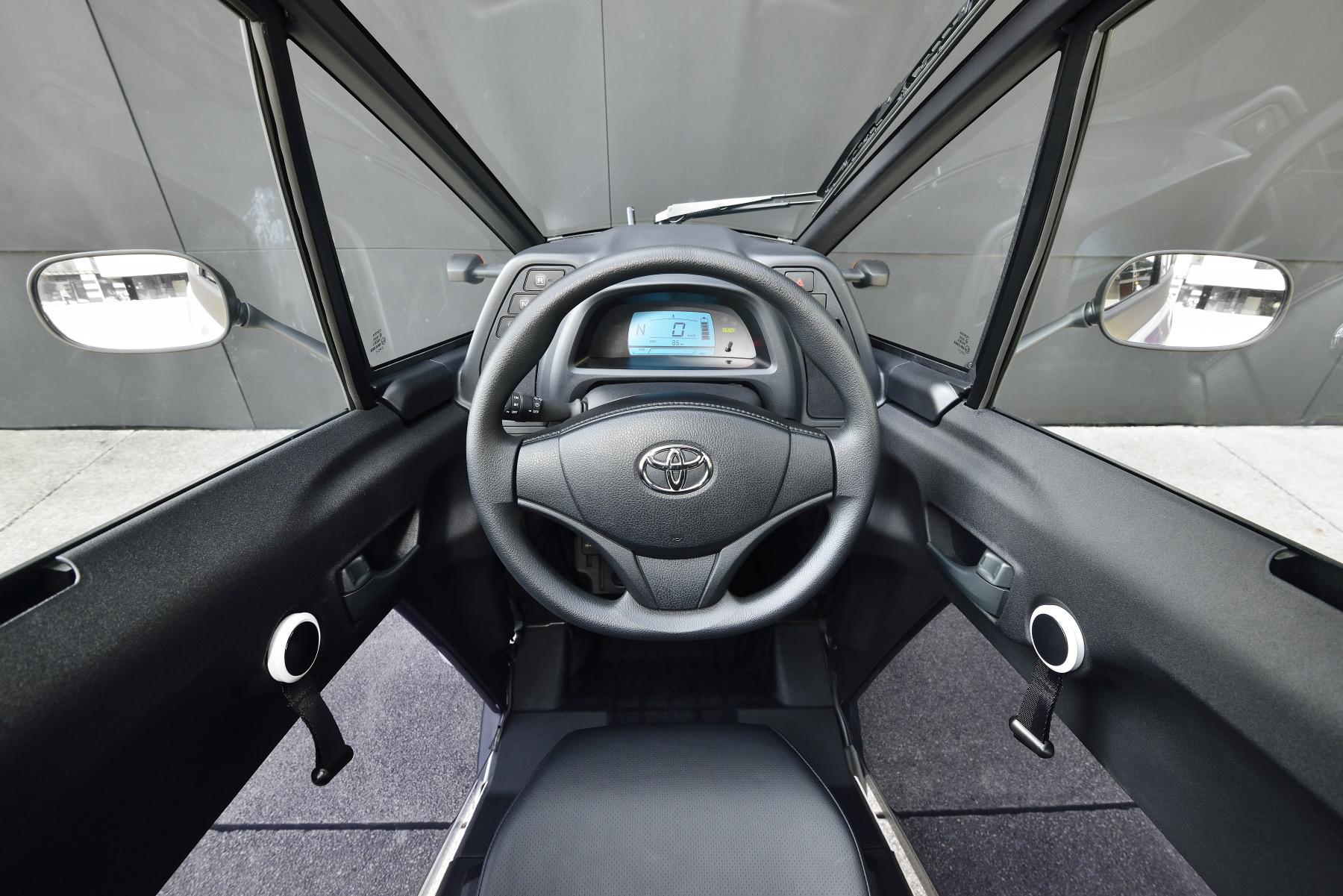 Toyota i-ROAD の利用形態 ( オートバイ ) - アドリア海のフラノ -SINCE 2006 ...