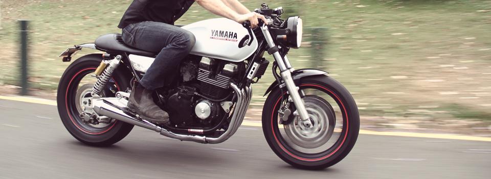 Ellaspede Yamaha XJR400, the Naked Bullet - autoevolution
