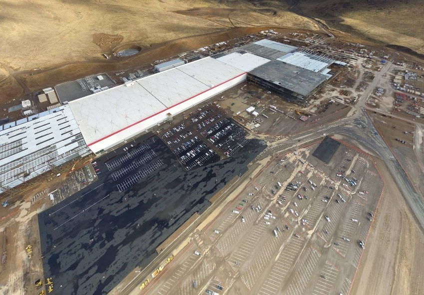 Tesla confirms will build factory in China