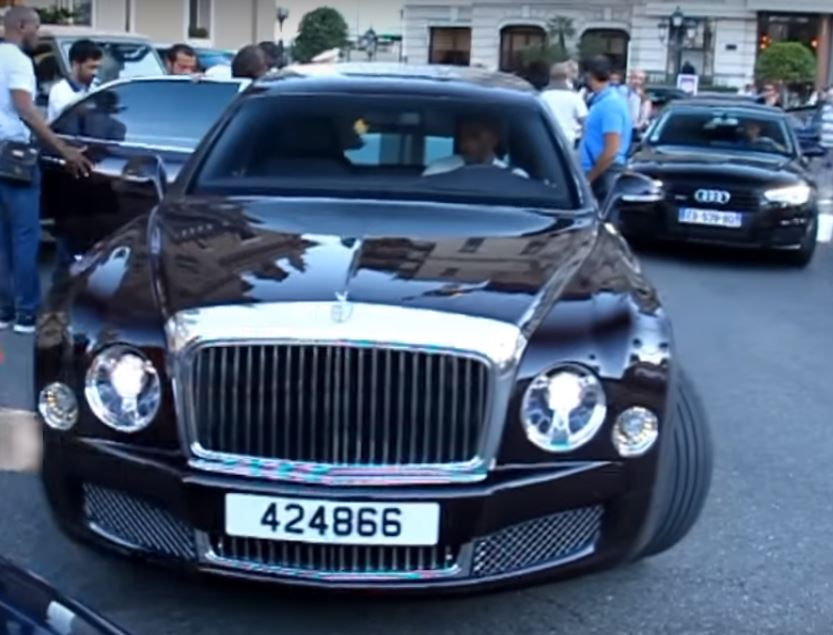 Rolls Royce Limo >> Emir of Qatar Shows Off His 21-Foot Bentley Mulsanne Grand Limousine in Monaco - autoevolution