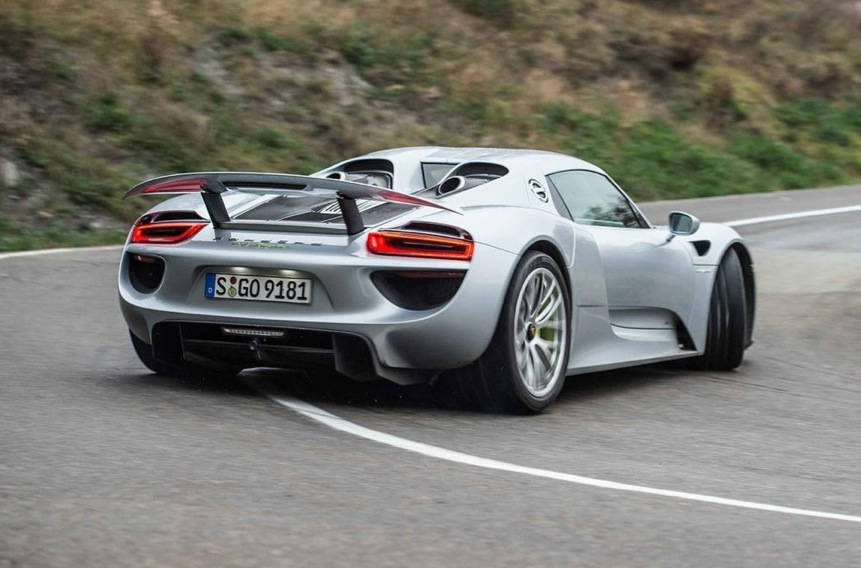 Epic Car Wash Has All The Hypercars P1 Laferrari And 918