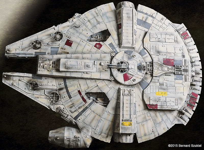 Epic Star Wars Fan Spends 4 Years To Build Paper