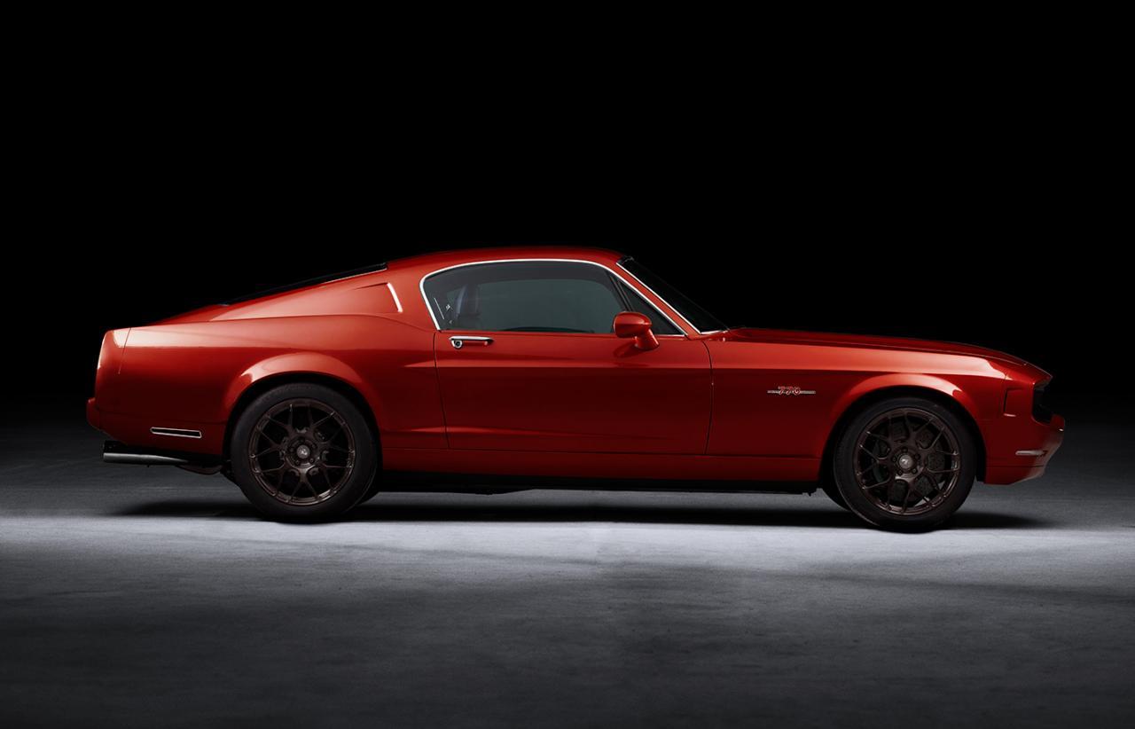 Safest Motorcycle Helmet >> Equus Bass 770 Is a Mustang/Corvette Hybrid - autoevolution
