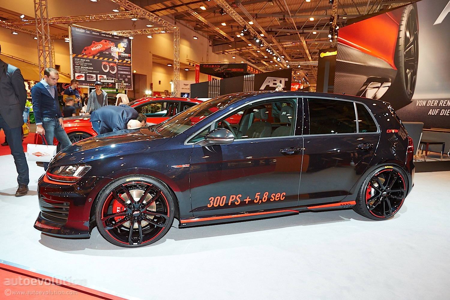 Essen 2013 Vw Golf 7 Gti Dark Edition By Abt Live Photos