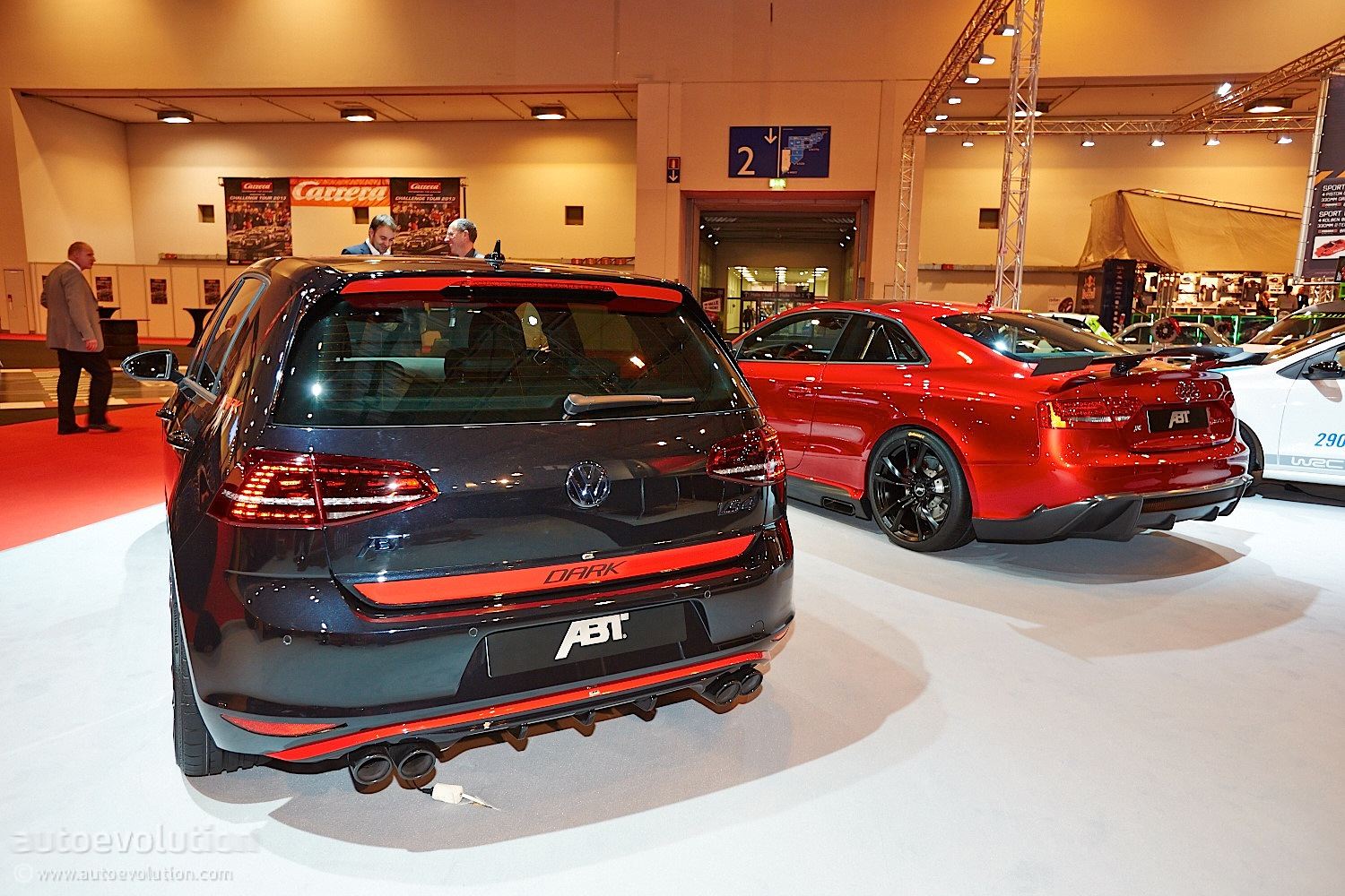 Essen 2013: VW Golf 7 GTI Dark Edition by ABT [Live Photos] - autoevolution