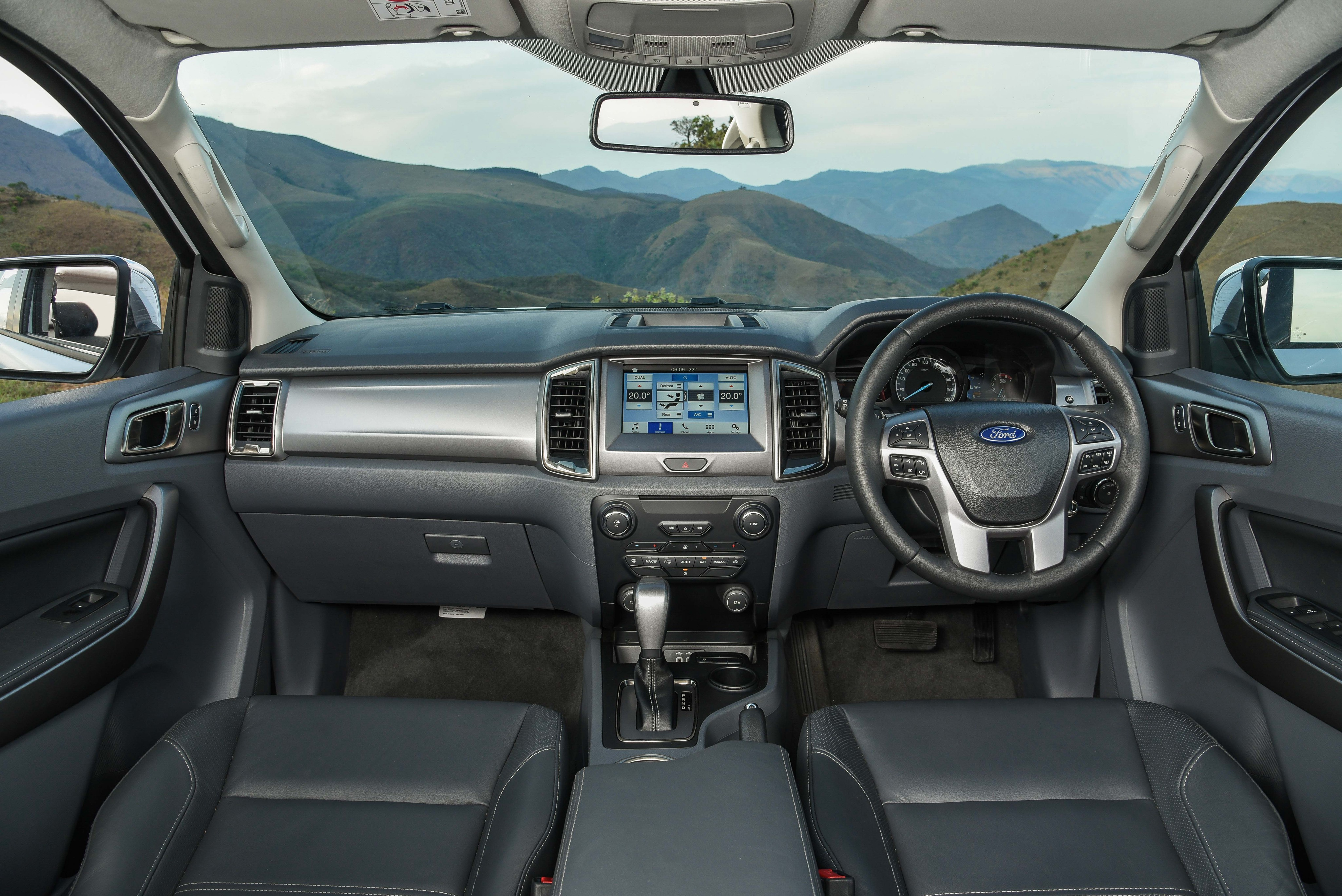 2019 Ford Everest Arriving at Dealers Late This Year - autoevolution