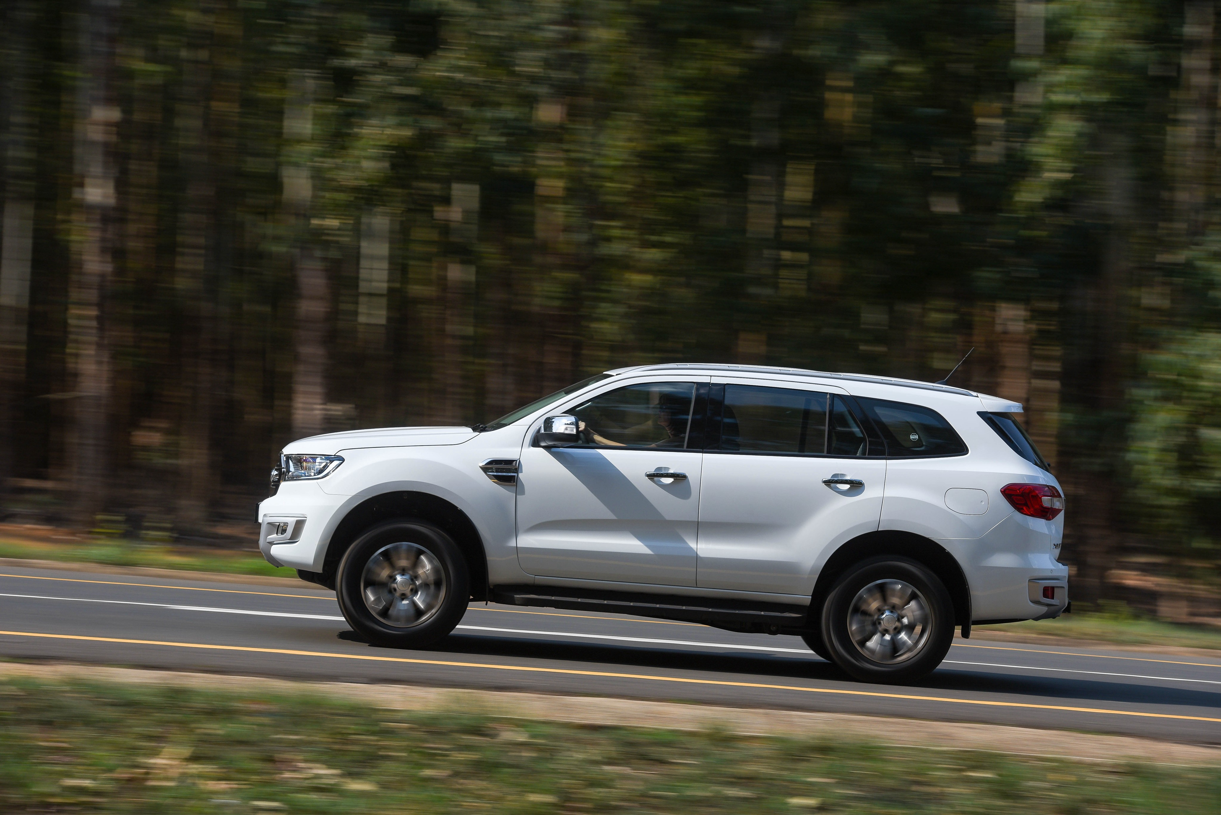 2019 Ford Everest Arriving at Dealers Late This Year ...
