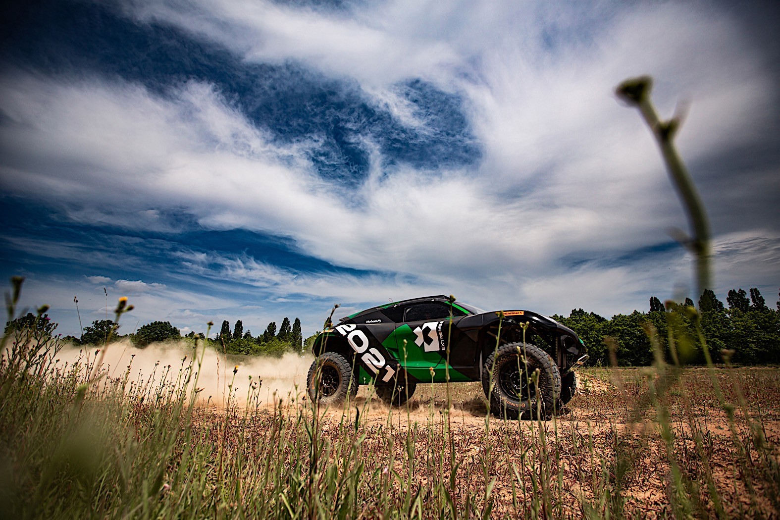 Extreme E Electric SUV Off-Road Racing Series Comes in ...