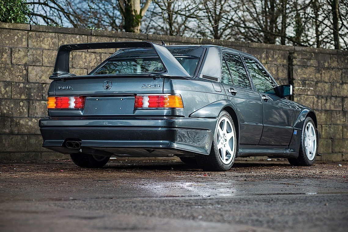 extremely low mileage mercedes benz 190 e 2 5 16 evolution ii goes for auction autoevolution. Black Bedroom Furniture Sets. Home Design Ideas