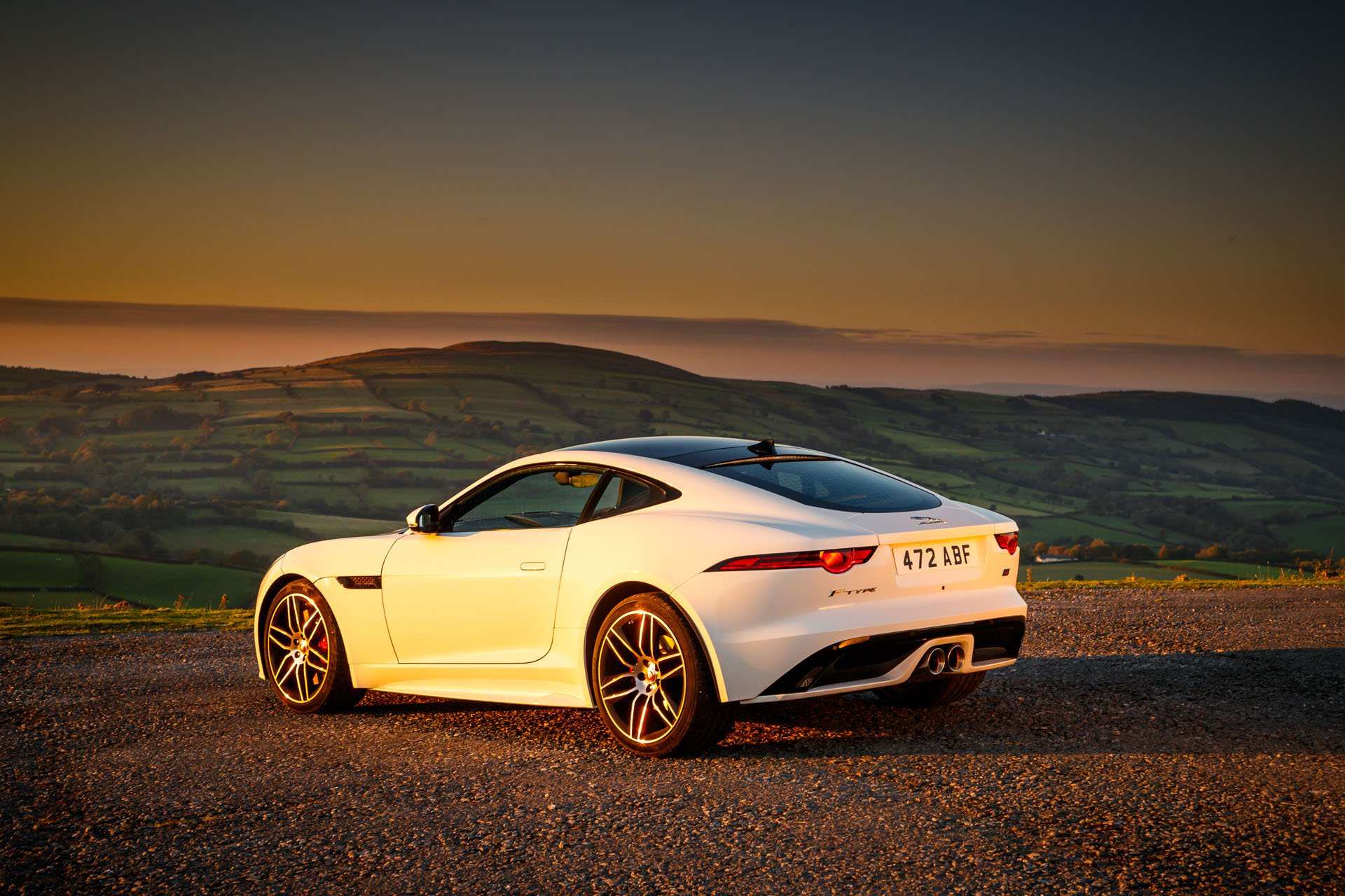 Jaguar F-Type Four-Door Coupe Looks Dashing