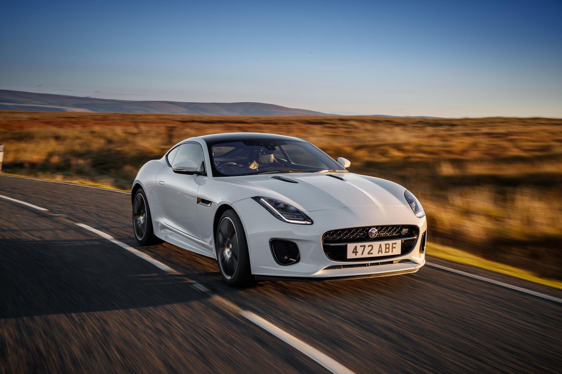 Jaguar F Type Four Door Coupe Looks Dashing Autoevolution