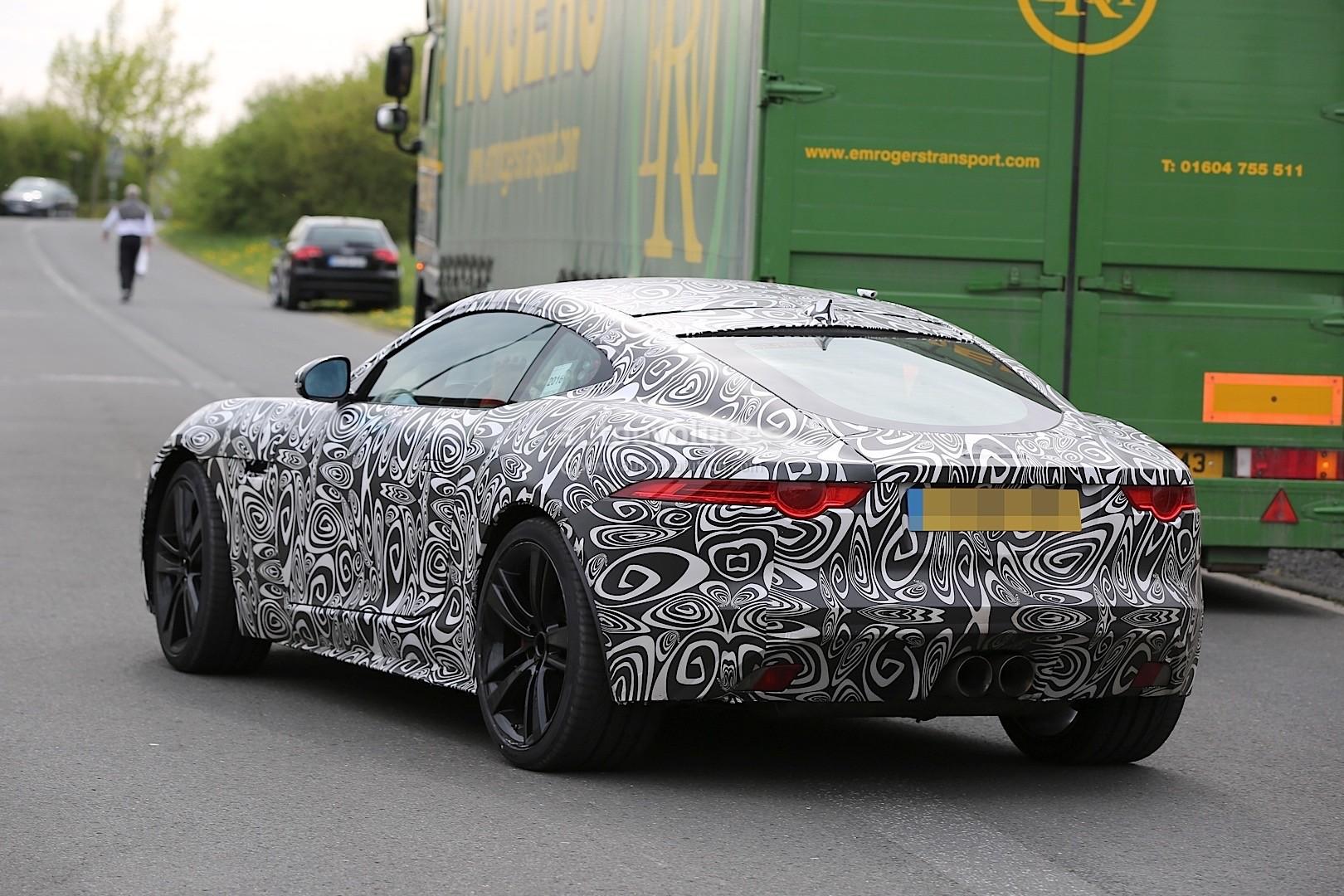 2017 jaguar f type facelift spied at the nurburgring autoevolution. Black Bedroom Furniture Sets. Home Design Ideas