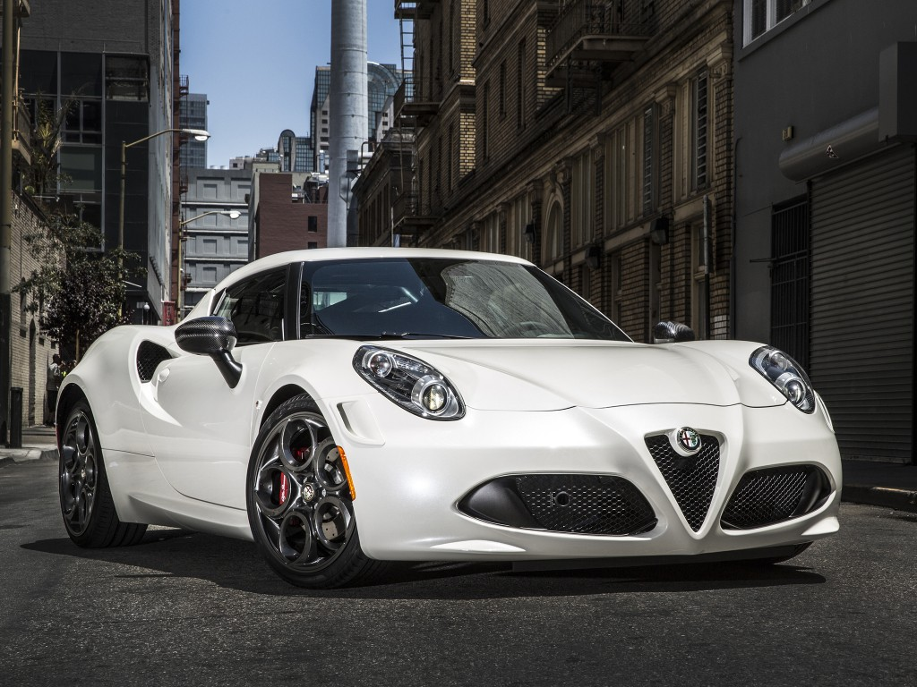 facelifted alfa romeo 4c could come with new engine option