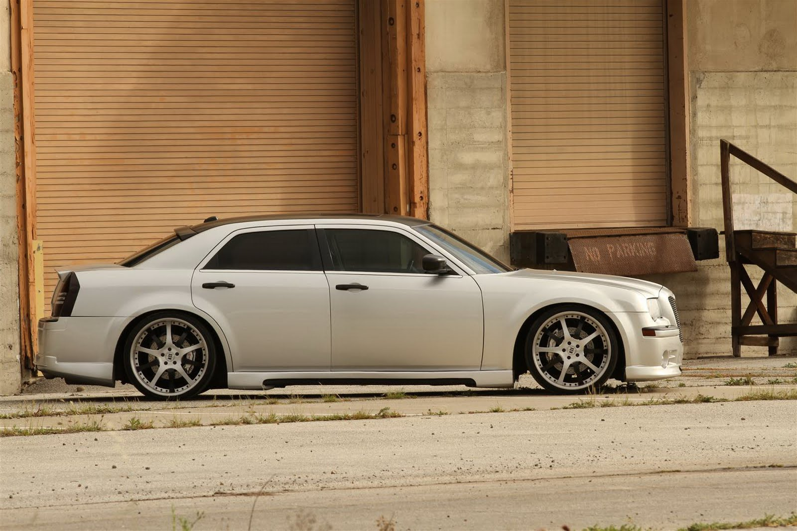 FatChance 2.0 Is the First Customized 2011 Chrysler 300 ...