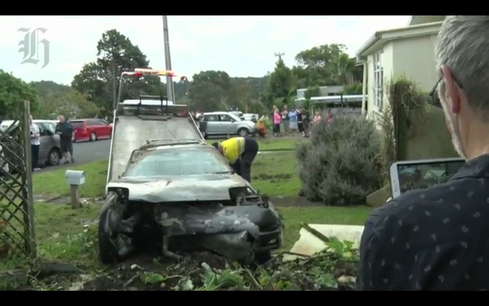 ... FD Mazda RX 7 Crashes Into House In New Zealand ...