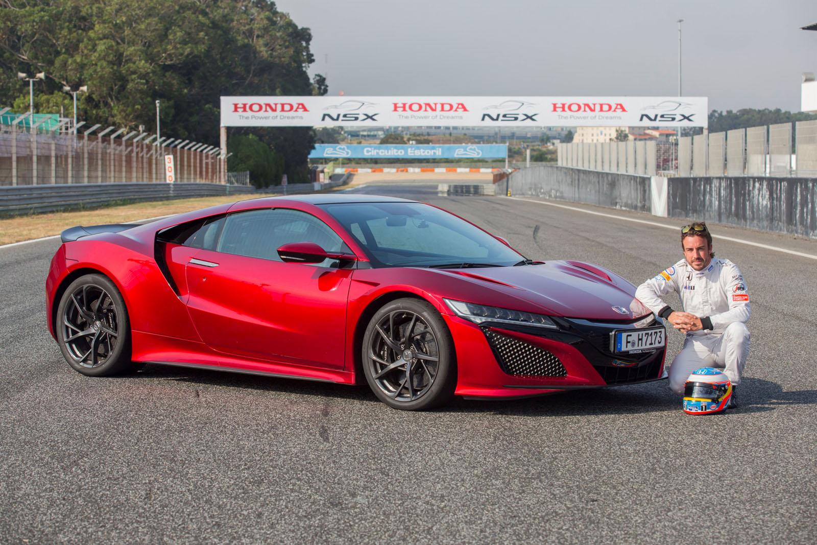 Takata Airbag >> Fernando Alonso Drives the 2017 Honda NSX, Digs the Brakes - autoevolution