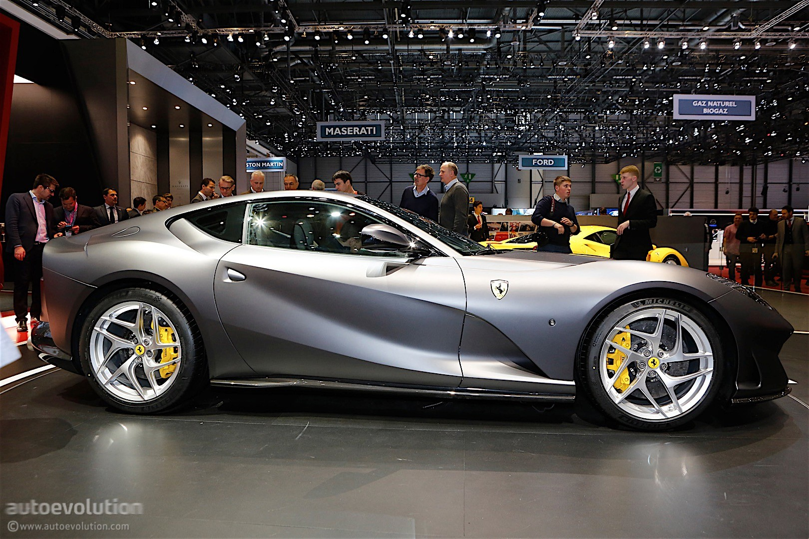 Ferrari 812 Superfast Aero Engine And Dynamics Detailed In Official Videos Autoevolution