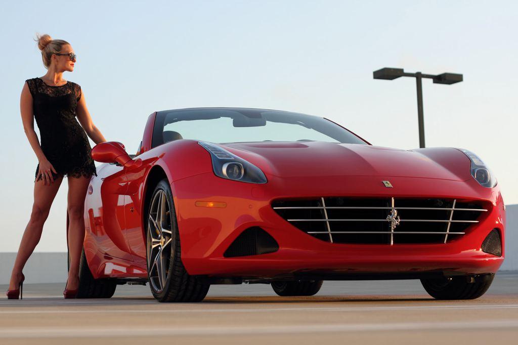 Who Makes The Corvette >> Ferrari California T and Sexy Blonde Create Modern Pinup Art - autoevolution