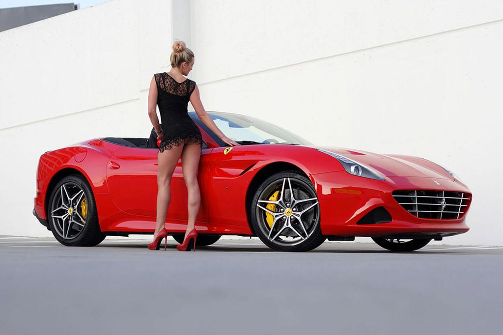 Ferrari California T and Sexy Blonde Create Modern Pinup Art - autoevolution
