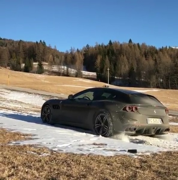 Ferrari GTC4Lusso Goes Offroading In Italian Alps, Plows