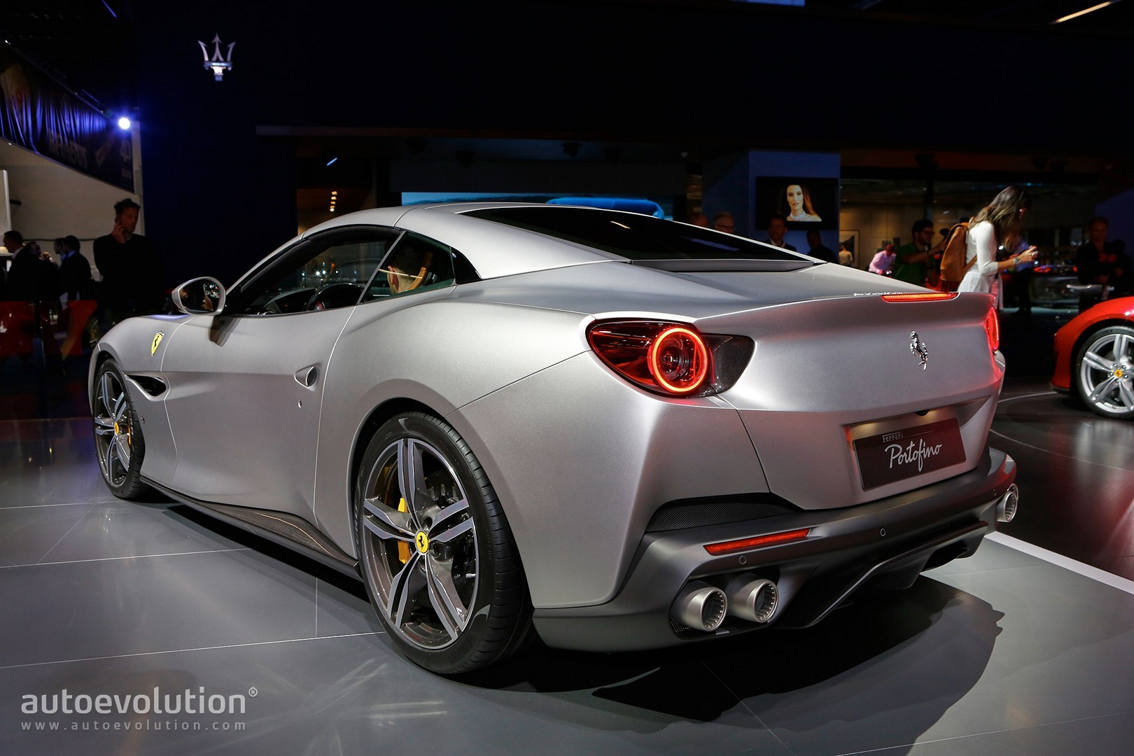 ferrari on course to ramp up production output to 9 000. Black Bedroom Furniture Sets. Home Design Ideas