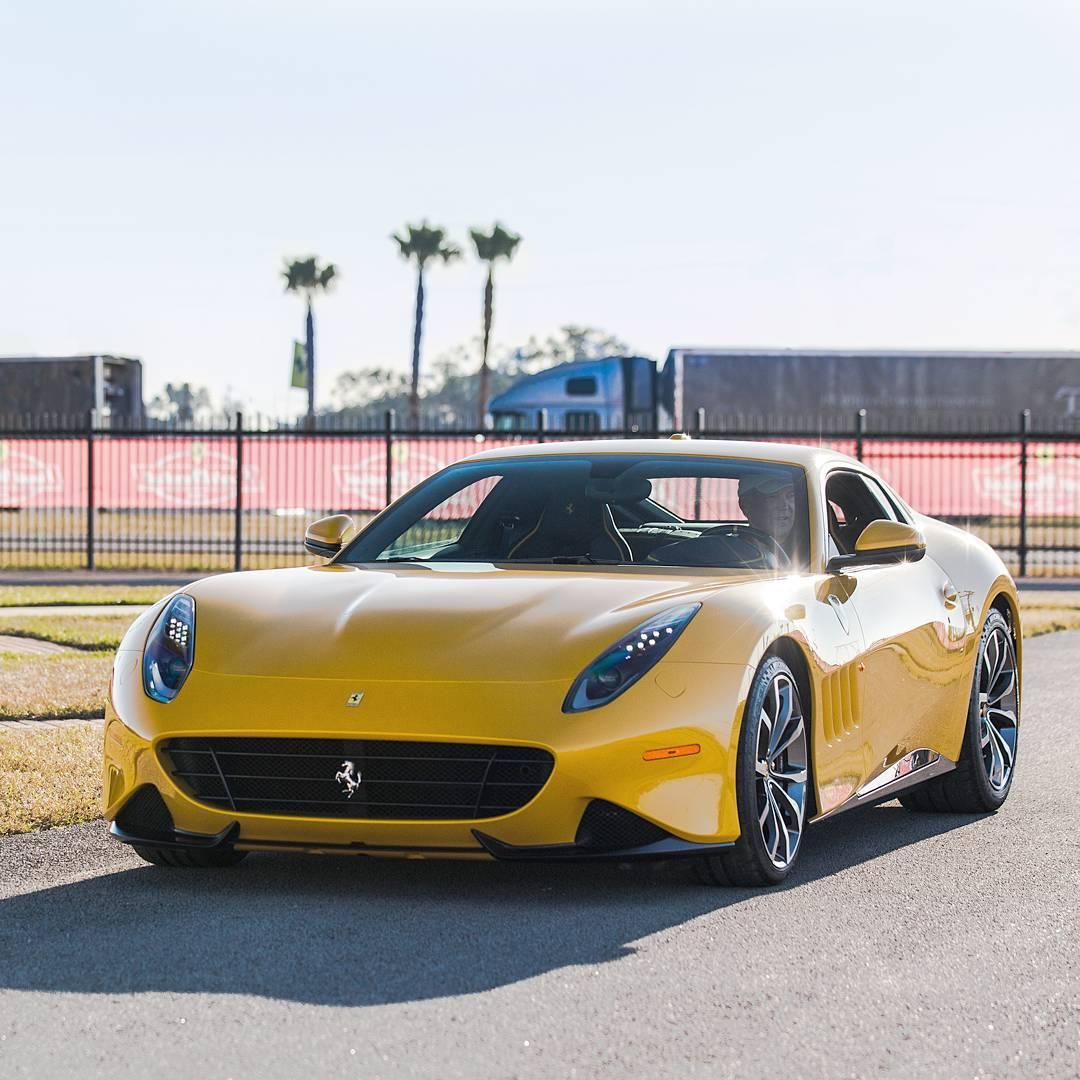 Unique Ferrari SP275 RW Competizione Is Drop-Dead Gorgeous