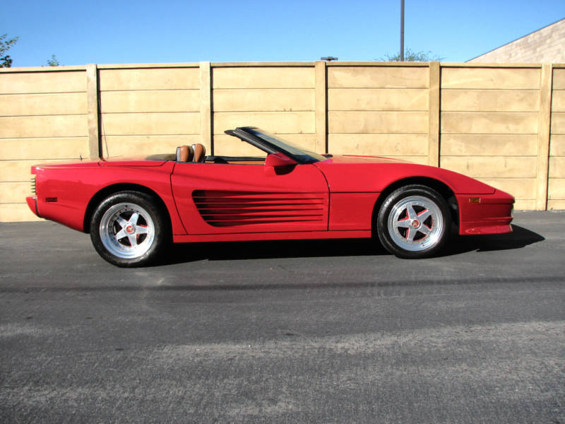 ferrari testarossa replica for sale on ebay autoevolution. Black Bedroom Furniture Sets. Home Design Ideas