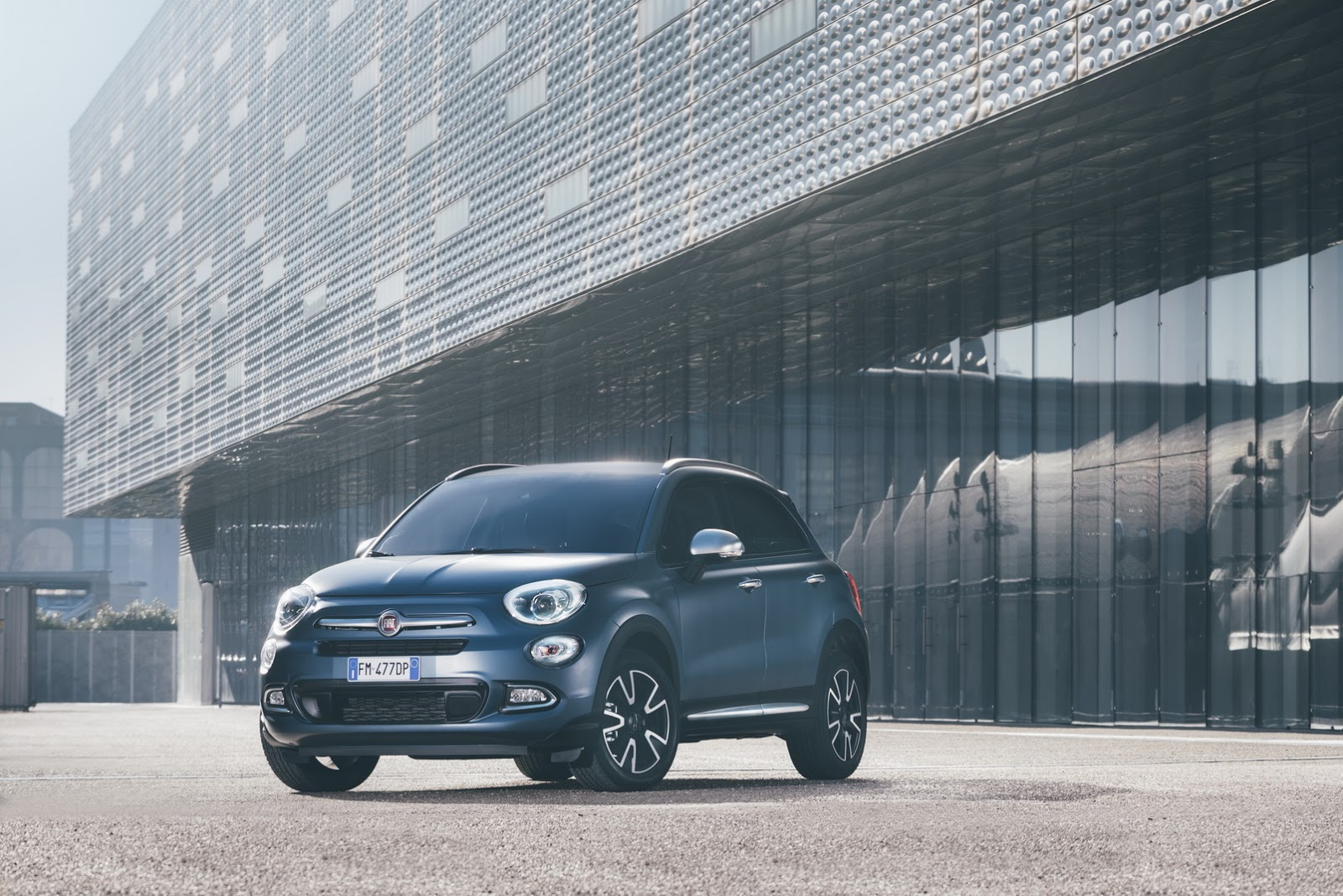 fiat 500 500l and 500x mirror edition are more connected autoevolution. Black Bedroom Furniture Sets. Home Design Ideas