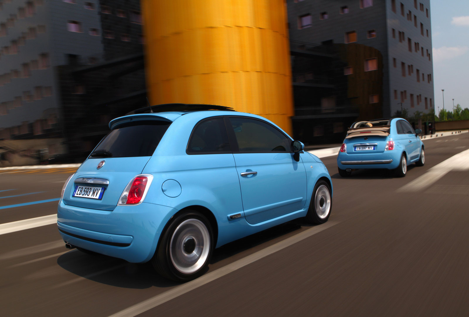 fiat 500 twinair pics and videos autoevolution. Black Bedroom Furniture Sets. Home Design Ideas