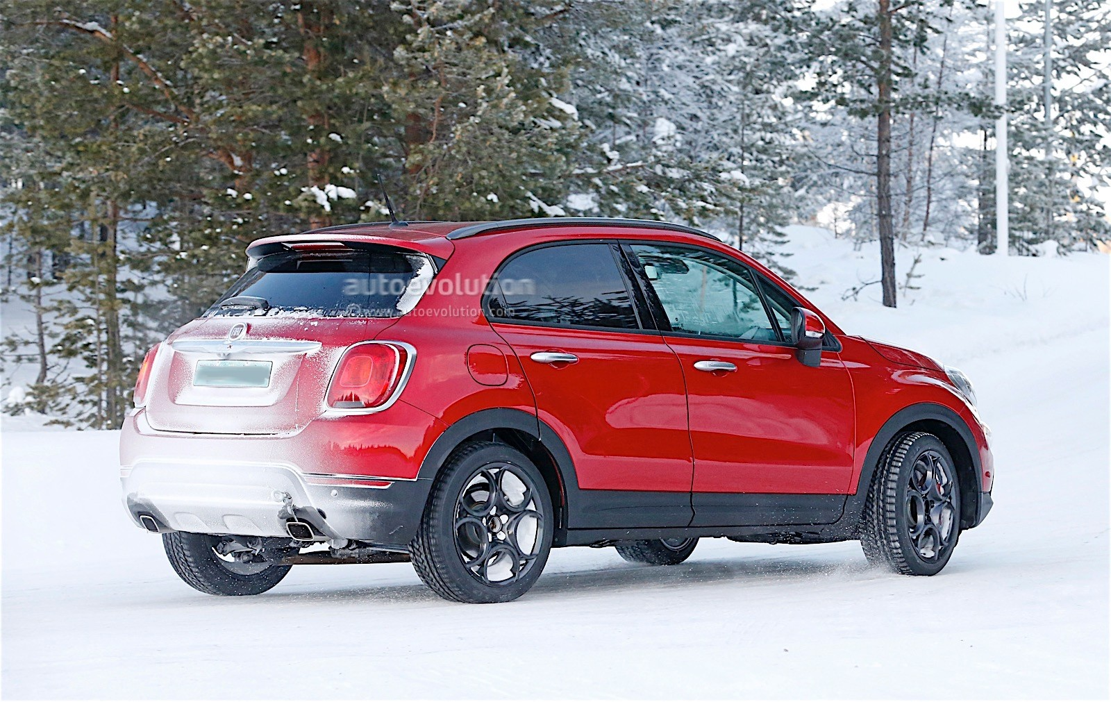 fiat 500x abarth spied with no disguise autoevolution. Black Bedroom Furniture Sets. Home Design Ideas