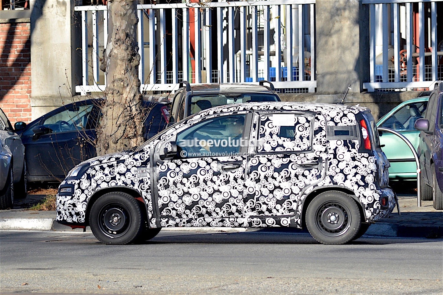 2017 Fiat Panda Facelift Spied Testing for the First Time - autoevolution